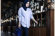 Bergaya Kasual dengan Hijab, Tas Rp1,3 Miliar Syahrini Ikut Curi Perhatian