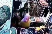 Perampok Kambuhan Cekik Korbannya Terekam CCTV, Keok Ditembus Timah Panas