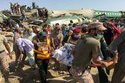 Tabrakan Kereta Pakistan Tewaskan 43 Orang: Semuanya Kacau Balau...