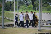 Ridwan Kamil Dampingi Presiden Jokowi Tinjau Vaksinasi Massal di RSUI Depok