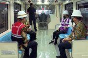 Jajal Kereta LRT Buatan INKA, Jokowi: Tanpa Suara, Nyaman Sekali
