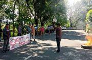 Mahasiswa Unjuk Rasa Soroti Kinerja Sekda Kabupaten Wajo