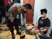 Diteriaki Maling, 2 Pria Gagal Kirim Paket Ganja ke Batam