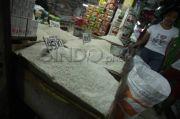 Sembako Dipajaki, Pedagang Depok: Bisa-Bisa Orang pada Sakit karena Beli Beras Murah