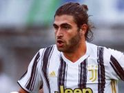 Tersandung Perkosaan, Mantan Gelandang Juventus Ditahan Polisi