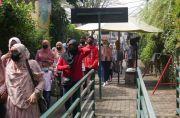 KBB Zona Merah, Wisatawan Tetap Antusias Keluar Masuk Tempat Wisata di Lembang
