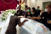 Ikhlaskan Kepergian Wabup Sangihe Helmud Hontong, Keluarga: Ini Mungkin Jalan Tuhan