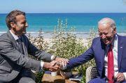 Puji Biden, Macron: Dia Bawa AS Kembali ke Jalan yang Benar