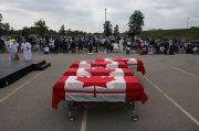 Ratusan Orang Hadiri Pemakaman Keluarga Muslim Korban Terorisme di Kanada