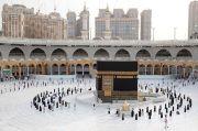 Saudi Izinkan Perempuan Berhaji Tanpa Pendamping Pria
