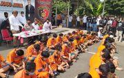 Sapu Bersih Preman, Polda Jatim Ringkus 64 Orang
