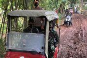 Naiki Mobil Caddy, Dandim 0510 Tigaraksa Tinjau Lokasi Operasi TMMD