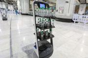 Saudi Gunakan Robot untuk Bagikan Air Zamzam untuk Jamaah Haji