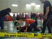 Sambil Gendong Anaknya, Istri Bos Koperasi Tuntut Pembunuh Suaminya Dihukum Mati