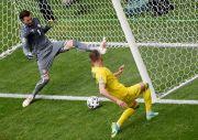 Yarmolenko dan Lukaku Parodikan Aksi Ronaldo dan Pogba Pindahkan Prodak Sponsor Piala Eropa 2020