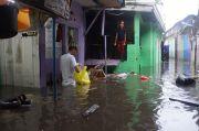 Bandung Diterjang Banjir Cileuncang, Rumah Warga Terendam Air 1,5 Meter