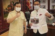 Prabowo Kasih Buku Militer ke Ridwan Kamil, Netizen: Ada Aroma Kecocokan