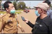 Usai Diperiksa Kejari, Kadispora Tangsel Pasang Kuda-kuda Hendak Pukul Wartawan