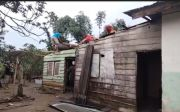 Hujan Disertai Angin Terjang Simalungun, Puluhan Rumah Rusak dan Pohon Tumbang