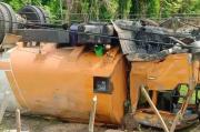 Truk Tangki CPO Terjungkal di Tikungan Pidie Jaya