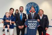 Sergio Ramos Tak Sabar Angkat Trofi Liga Champions Bareng PSG