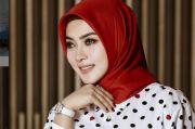 Syahrini Pakai Baju Ratusan Ribu Pemberian Mertua, Netizen: Auranya Tetap Mewah