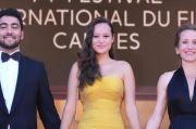 Potret Cantik Melati Wijsen, Perempuan Bali yang Tampil di Festival Film Cannes