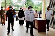 Taufan Pawe Pantau Pelaksanaan Protokol Kesehatan di Pasar Sumpang