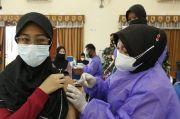 Persiapan PTM, Ratusan Siswa Ikuti Vaksinasi Massal di Gedung Adisutjipto Yogya
