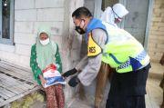 Warga Kurang Mampu dan Isoman COVID-19 di Kabupaten Tangerang Mulai Terima Bansos Beras 5 Kg