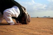 Cicit Nabi Muhammad ini Saban Malam Memanggul Tepung Sedekah