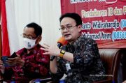 Dukung Produk Lokal, Wamendag Pamer Jam Tangan Buatan Anak Muda Bandung