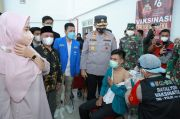 Tutup Serbuan Vaksinasi di Kampus, Kapolda NTB: Kita Percepat Herd Immunity di Pulau Seribu Masjid