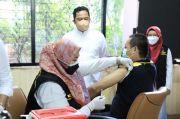 Tenaga Kesehatan Kota Tangerang Mulai Dapat Vaksin Dosis Ketiga