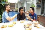 Raffi Ahmad Beri USD500 dan Modal Usai Cicipi Soto Mendiang Sapri