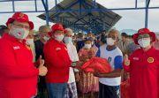 Binda Kepri Rela Terjang Badai Demi Salurkan 500 Paket Sembako untuk Masyarakat