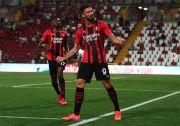 Gabung AC Milan, Olivier Giroud Tak Sabar Jadi Tandem Zlatan Ibrahimovic