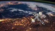 Kontrak Pendaratan ke Bulan SpaceX Dihentikan Sementara karena Gugatan Blue Origin