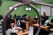 Satgas Sebut 1,9 Juta Pendidik dan 1,7 Juta Anak Usia Sekolah Sudah Divaksin Penuh