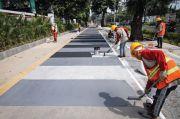 Penataan Trotoar di Kebayoran Baru Dikebut, Warganet: Paling Jadi Tempat Parkir Liar