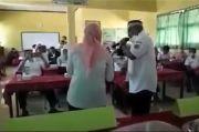 Asyik Nyanyi dan Joget Bersama Bu Guru Cantik pada Jam Kerja, Kadikbud Terancam Sanksi