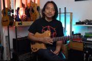 Dewa Budjana Sebut Alip Ba Ta Jago Banget Main Gitar Fingerstyle Sendirian