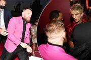 McGregor Bentrok Machine Gun Kelly di Acara MTV Video Music Awards 2021