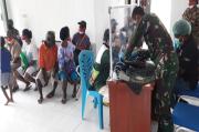 Korem 181/PVT Gelar Baksos Pelayanan Kesehatan bagi Pengungsi Maybrat
