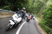 Tips Menjaga Traksi Roda Sepeda Motor Saat Berkendara
