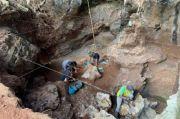 Geger! Artefak Kuno Zaman Batu Berupa Kapak Perimbas Ditemukan di Goa Pawon