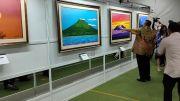Hebat! SBY Telurkan 54 Lukisan Alam Indonesia