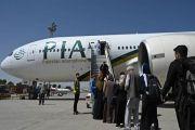 Taliban Ikut Campur Soal Harga Tiket, Maskapai Pakistan Setop Terbang ke Kabul