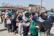 Sadis saat Nagih Utang, Ternyata 83 Kolektor Pinjol Ilegal Malu Digelandang ke Polda Jabar
