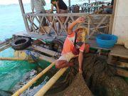 Raup Untung dari Restoran Apung, Kisah Sukses Rumaji Nelayan Lobster Binaan BRI di Teluk Ekas